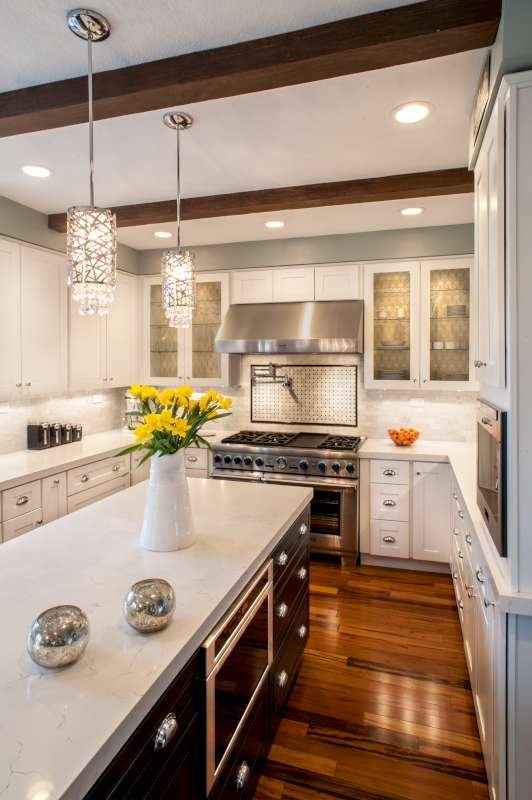 White Shaker Maple Kitchen Cabinets And Bathroom Vanities