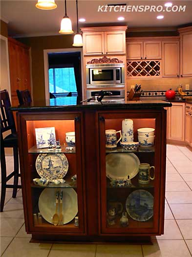 Close The Door >> French Antique Glazed Kitchen Cabinets | Kitchen Pro
