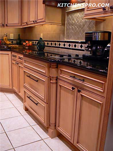 French antique glazed kitchen cabinets kitchen pro for Antique glazed kitchen cabinets