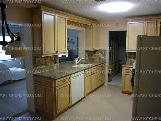 Antique glazed kitchen cabinets quotes for Kitchen cabinets quotation