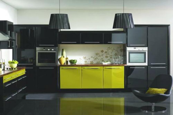 Onyx black kitchen cabinets and bathroom vanities for Black onyx kitchen cabinets