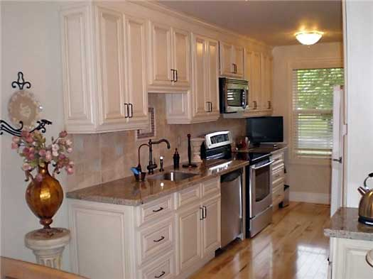 Vanilla Glazed Maple Kitchen Cabinets And Bathroom